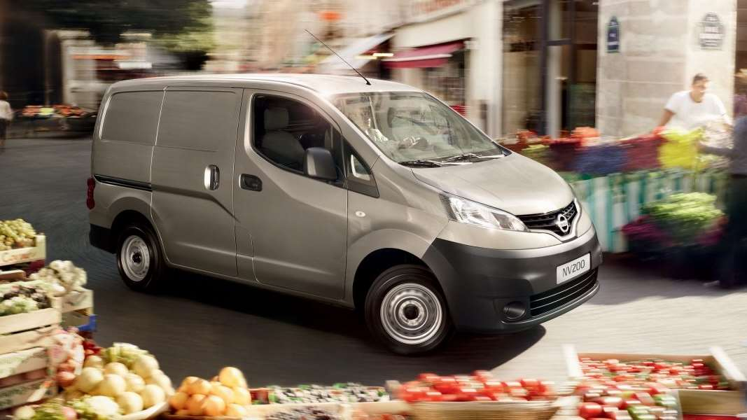 nv200-van-features-pushing-durability-to-the-limits-LHD_jpg_ximg_l_12_m_smart